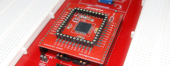 <strong>32MX ADAPTER</strong><br /><br />Prototype with 32-bit PIC MCUs